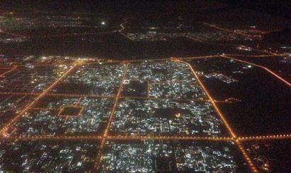 夜晚俯瞰迪拜